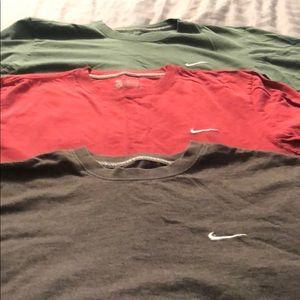 3 Nike t shirts - Large